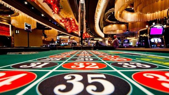 Poker casino superman 42751